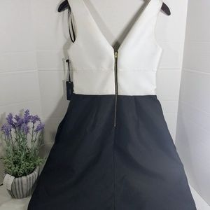 Vera Wang Dresses - New Vera Wang Black White Applique A Line Dress